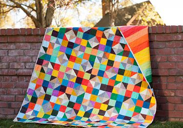 DS Modern Solids Fat Quarter Box Free quilt pattern by Elizabeth Dackson (Don't Call me Betsy)